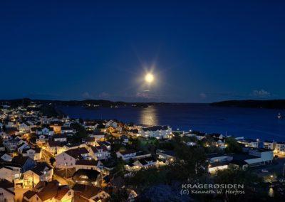 Måne over Kragerøfjorden